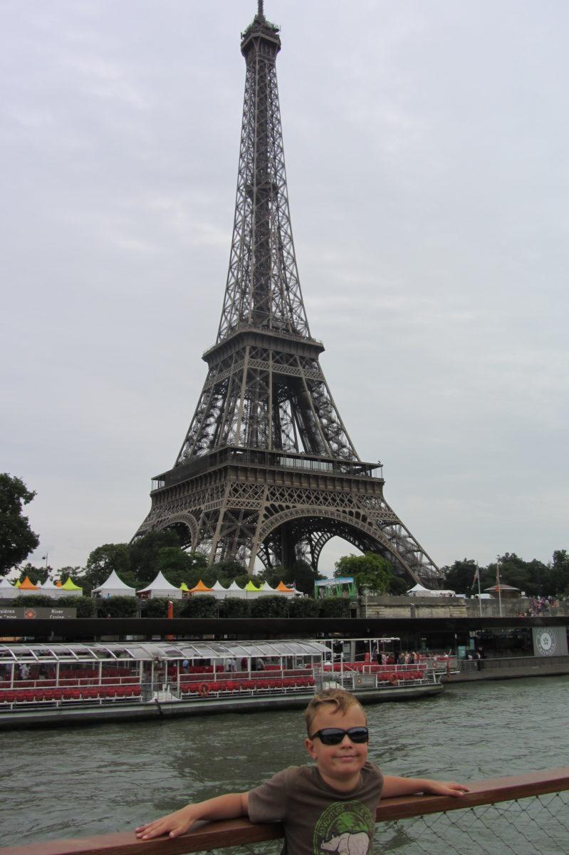 Leons Wunsch den Eifelturm in Paris zu sehen